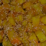 Gelbe Beete-Salat mit Sesam
