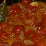 Tomatensauce einköcheln