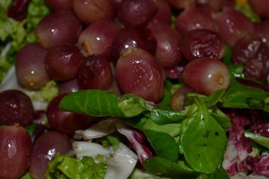 Herbstsalat mit Trauben